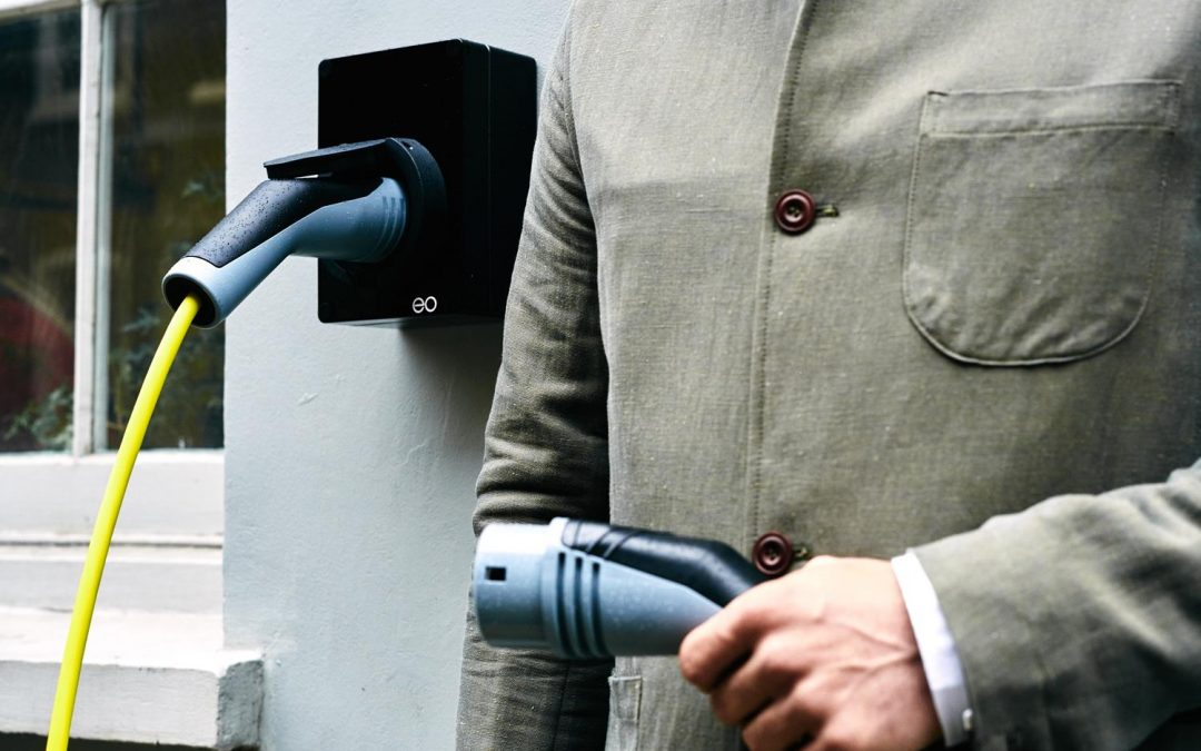 Electric Car Charger – Should you choose a Standard or Intelligent System?