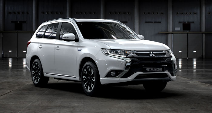 EV Road Test: Mitsubishi Outlander Plug In Hybrid Electric Vehicle (PHEV)